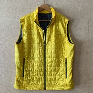 Patagonia Men's Large Puffy Vest